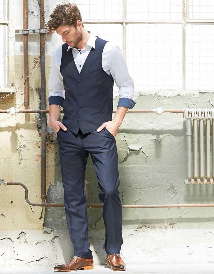 abc9be4316066 COMO Fashion – elegante und hochwertige Westen für Ihre Businessbekleidung.