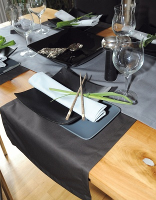 Table Runner 45x140 cm